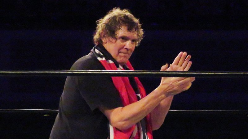 Morre Tracy Smothers