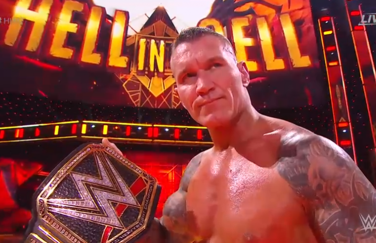 Hell in a Cell 2020: Orton campeão; Sasha vs. Bayley; Miz Mr. MITB; Tucker trai Otis